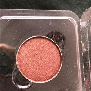 Anastasia Beverly Hills single eyeshadow | Truffle